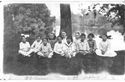 Sunday school picnic, September 1, 1915, Edna Grosh, teacher.