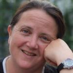 Carolyn Gardner Hunt headshot